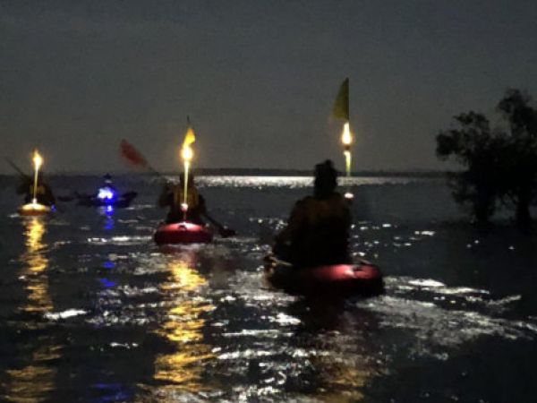 Full moon kayak - image courtesy of Redlands Kayak