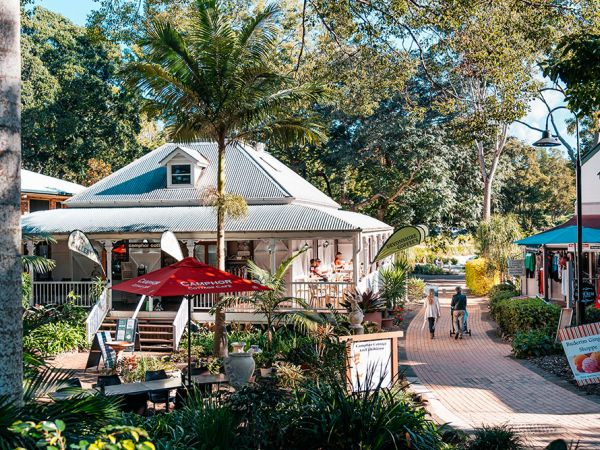 Montville Art Galleries - image courtesy of Tourism and Events Queensland