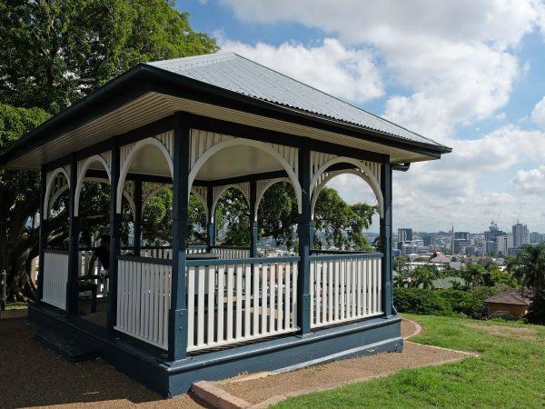 Highgate Hill Park Shelter