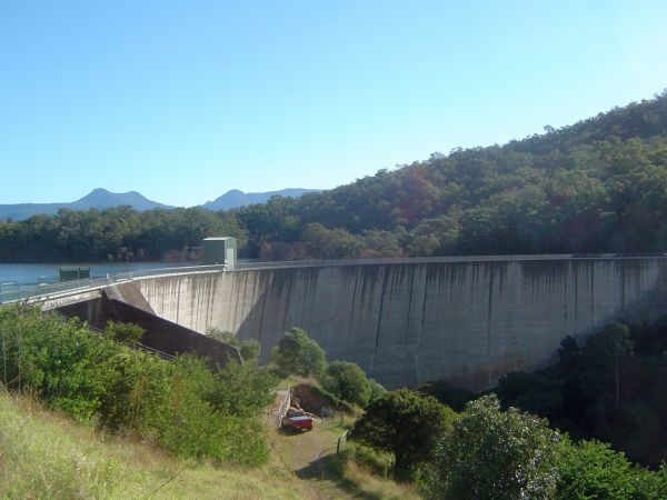 Lake Moogerah dam wall. Part of Mount Edwards is seen in the right