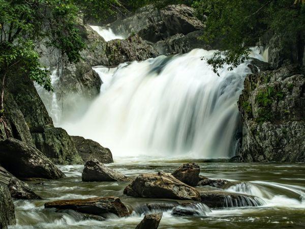 Crystal Cascades - Photo by David Clode