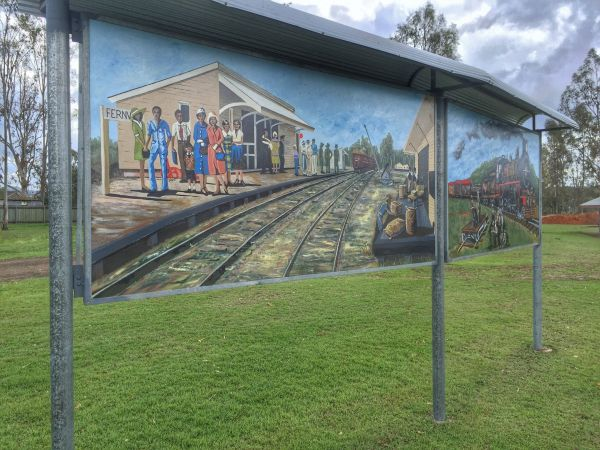 Fernwood Murals -  Image courtesy Queensland Government