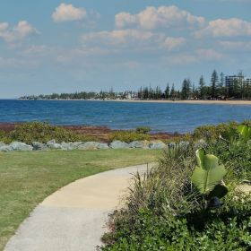 Woody Point to Redcliffe : Midweek Social Walk August 2021