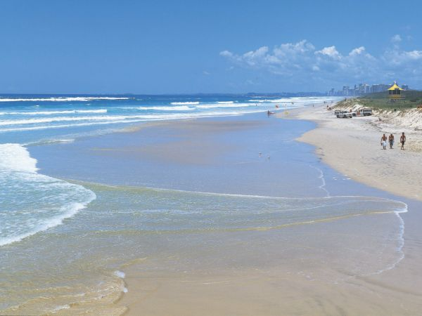 Spit Beach - Image courtesy Tourism and Events Queensland