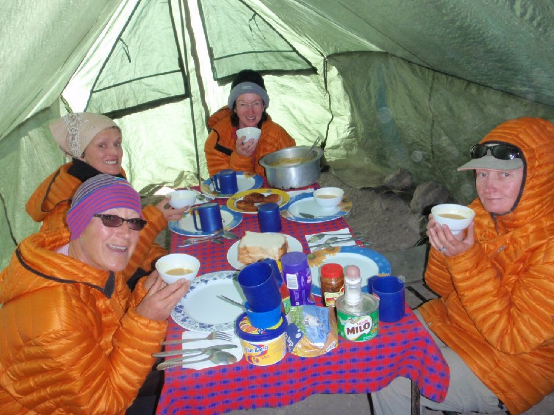 Last supper before final summit